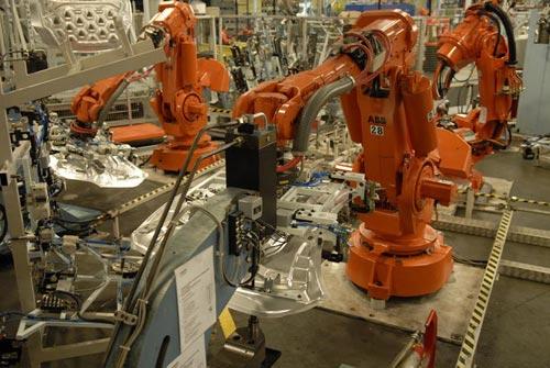 Volvo Cars Uses Abb Robotics Integrated Dresspack To Decrease Life